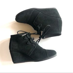 Toms Desert Wedge Suede Leather Booties 7W